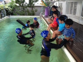Swimming lessons for kids by Hi-5 House of Learning