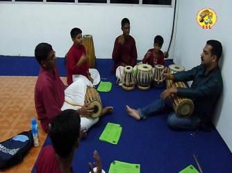 Kunnakol + Tabla class by Sangeetha Swara Laya