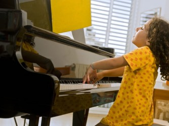 Piano Class for Kids by C Clef Music Sdn Bhd