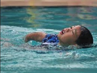 Swimming lessons by Fast and Easy Swimming Academy