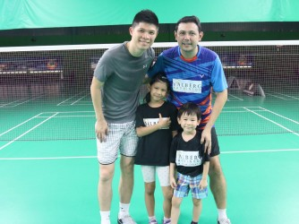 Badminton lesson (Beginner) by Valberg Badminton Club & Academy