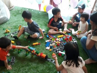 LEGO Duplo Play Class by Kinderia