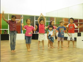 Hi-5 Performance Skills by Hi-5 House of Learning