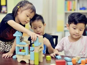 Mandarin Lessons by Bao Bei Reading Wonderland (Sg. Long)