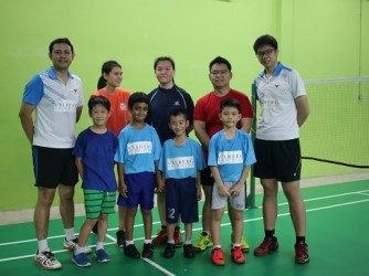Badminton lesson (Group) by Valberg Badminton Club & Academy