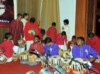 Kunnakol + Mirdhangam class by Sangeetha Swara Laya