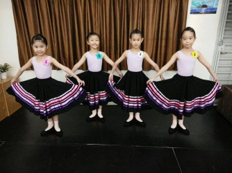 Pre-Primary Ballet Classes by Zucca Studio